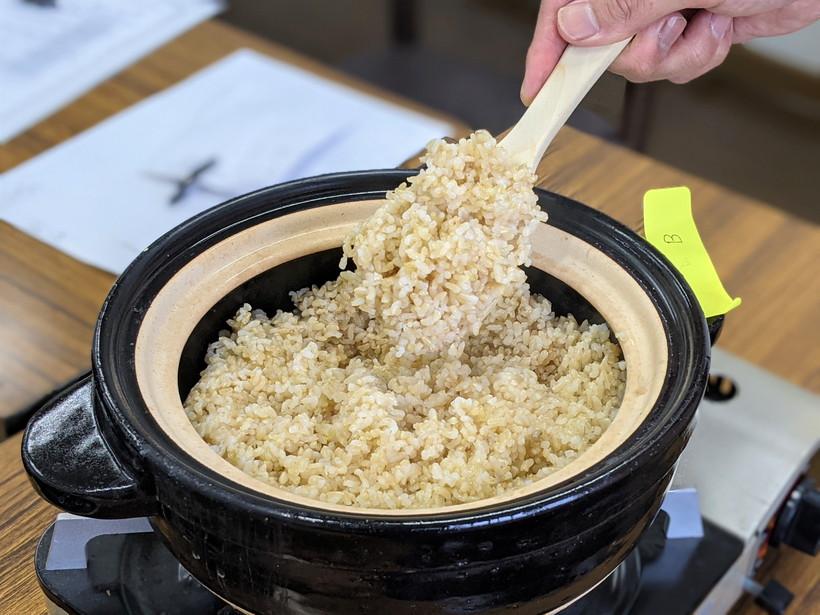 玄米炊き立て